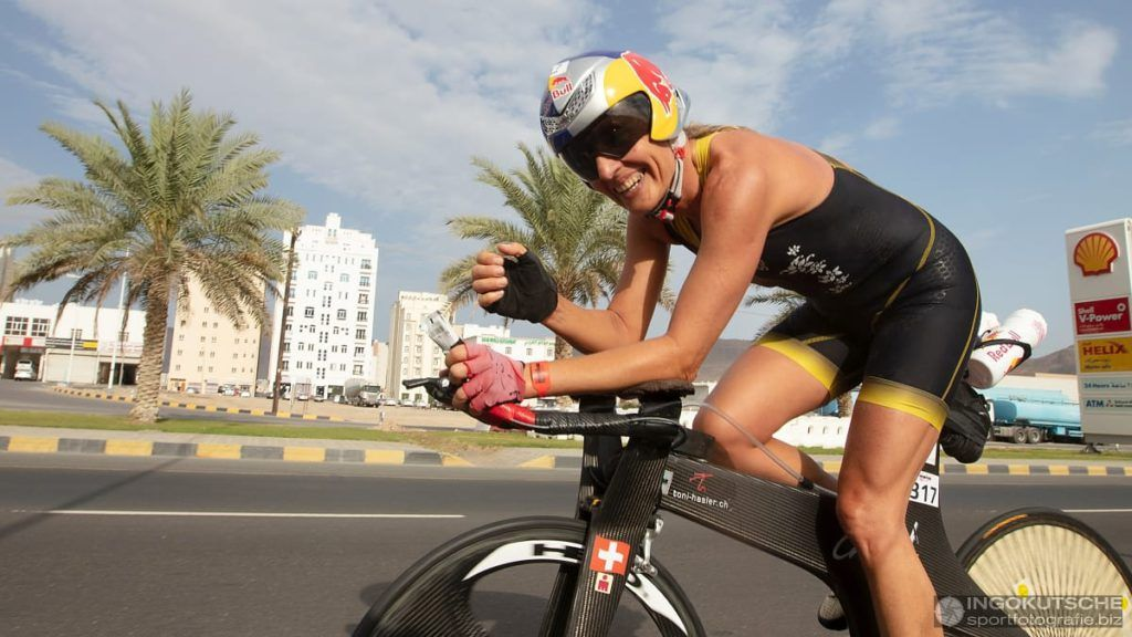 53-jarige Natascha Badmann tweede overall 70.3 Ironman Oman, Von Berg wint M60