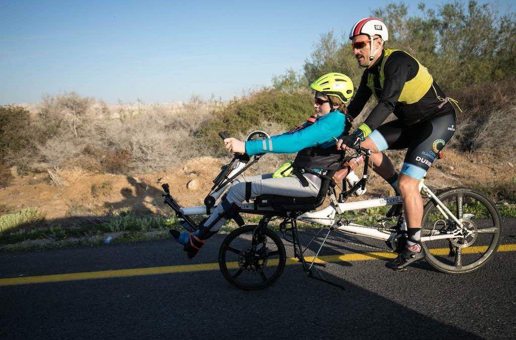 """Geen volledige fietsproef op dag 2 voor Nico en Ultrakid Johannes: """"Veiligheid eerst"""""""