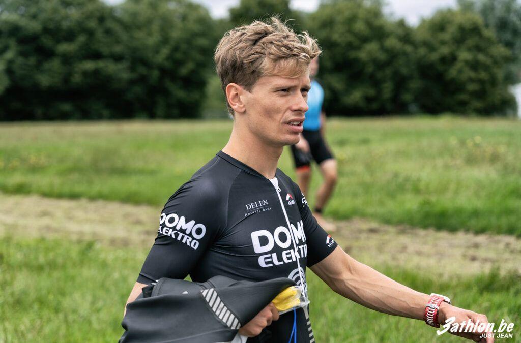 Sander Heemeryck en Xenia Luxem slaan toe in het lopen in kwarttriatlon Beernem