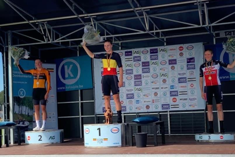 Triatlete Sara Van de Vel pakt zilver op BK tijdrijden in Koksijde