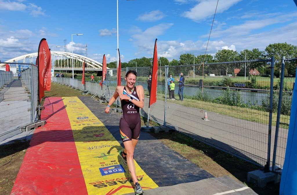 Aanvallende Jolien Vermeylen pakt tweede Belgische titel sprint-triatlon