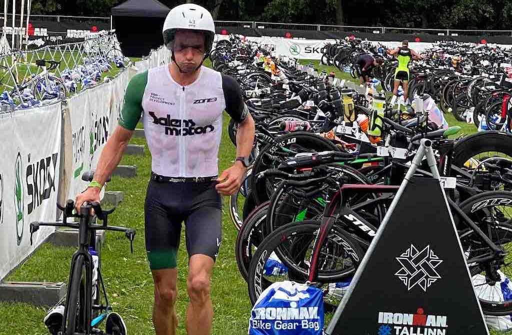 Quentin Devos 6de en age group winnaar in Ironman Tallinn , Steven Debaere sneller dan ooit