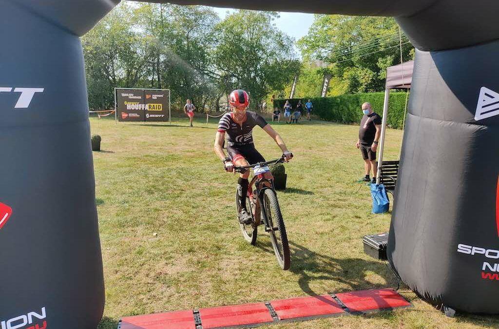 """Geen Challenge St-Polten voor Tim Van Hemel """"Scheurtje in knieschijf en breuk in kuitbeen en schouderkop"""""""