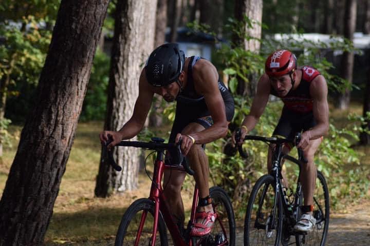 Ook Alexis Krug troeft Nederlandse triatleten af in kwarttriatlon Ouderkerk