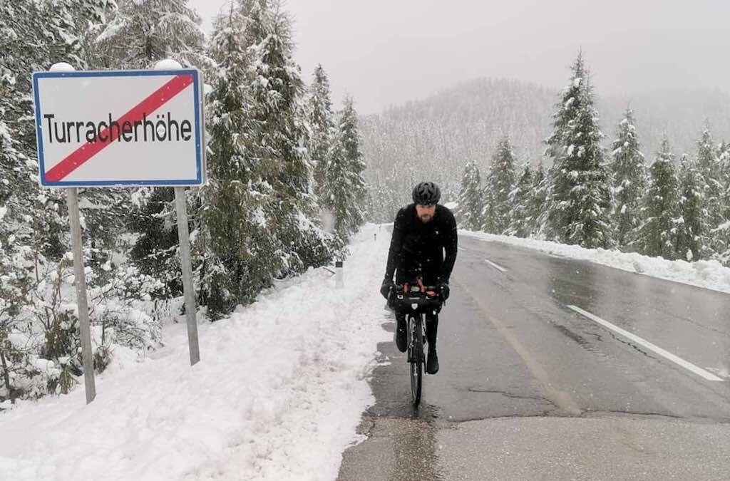 Duitse triatleet onderweg voor mega-uitdaging: triatlon rondom de wereld, equivalent van 120 Ironmans
