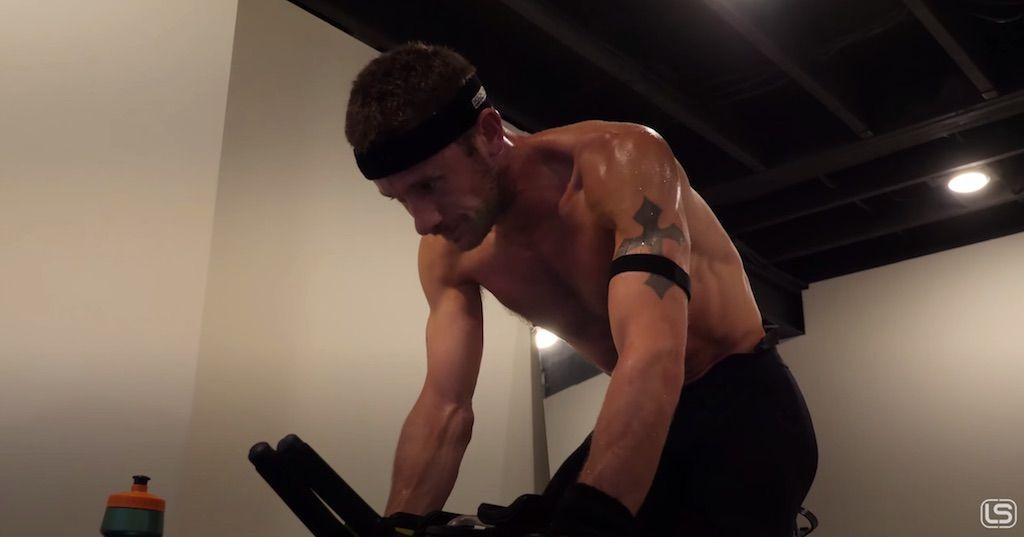 Workouts van 390 tot 430 Watt, Lionel Sanders wil gooi doen naar Canadees uurrecord