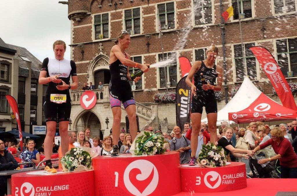 """""""Er zijn ergere dingen dan te stoppen zonder afscheidswedstrijd"""" – Tine Deckers zegt triatlon vaarwel"""