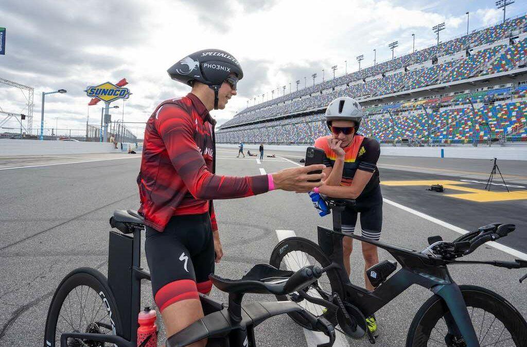"""Wereldkampioen Vincent Luis voor het eerst op tijdritfiets """"Triatlon is meer dan fietsen alleen…"""""""