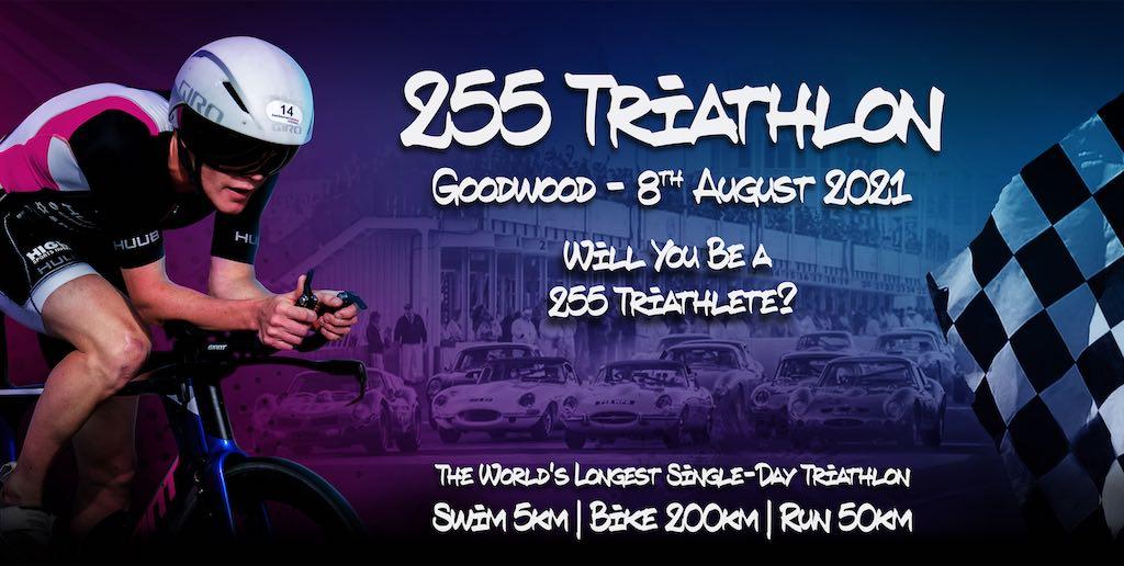 De 255 Triathlon – Langste 1-dags triatlon ter wereld, 200 km fietsen op race-circuit van Goodwood