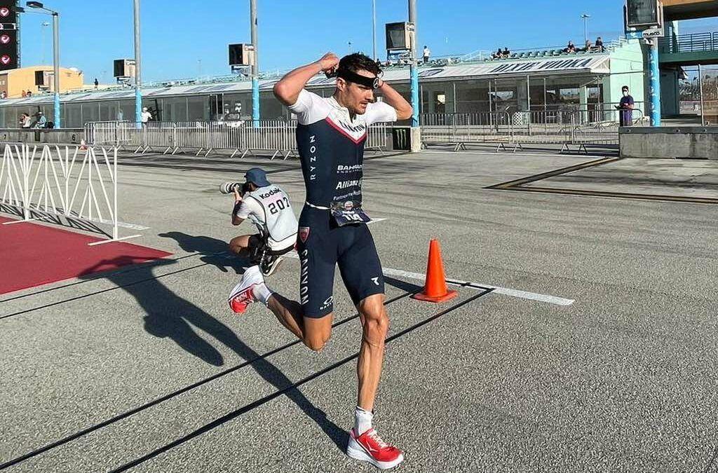 Jan Frodeno wint voor het eerst sinds Hawaii 2019 weer toptriatlon, Bart Aernouts in top-15 in Miami
