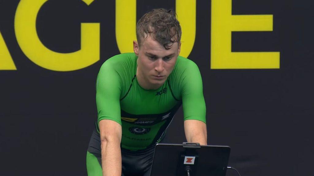 Marten Van Riel wint Arena Games indoor triatlon bij heroptreden na anderhalf jaar