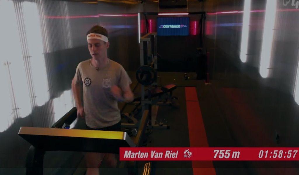 """Triatleet Marten Van Riel pakt tweede plaats in Container Cup: """"Ik doe normaal nooit aan benchpress…"""""""