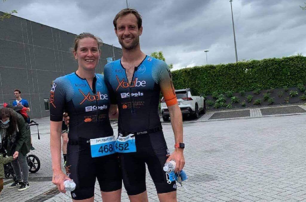 Ruben Geys en Femke Scheepers winnen zwemloop Maaseik