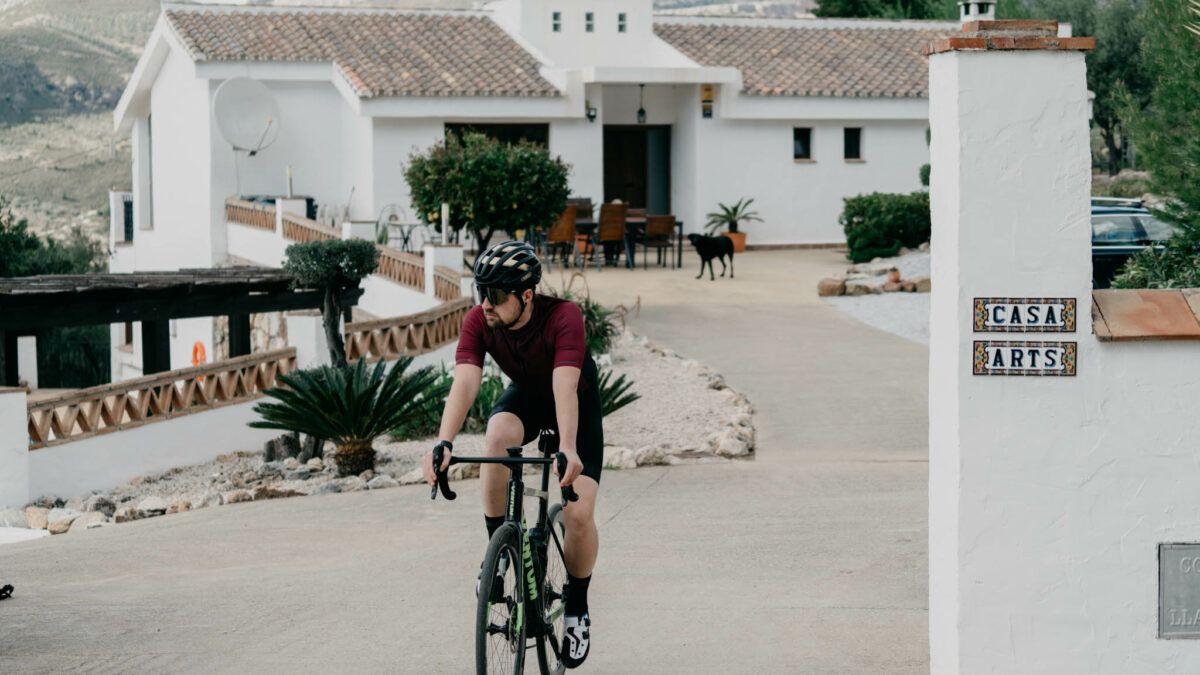 CASA ARTS BOUTIQUE HOTEL verwelkomt triatleten in Zuid-Spanje voor een perfecte stage.