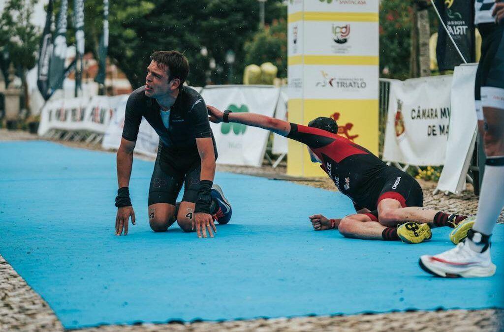 Daan De Groot klopt Seppe Odeyn in de spurt, ook Lotte Claes tweede in Powerman Portugal