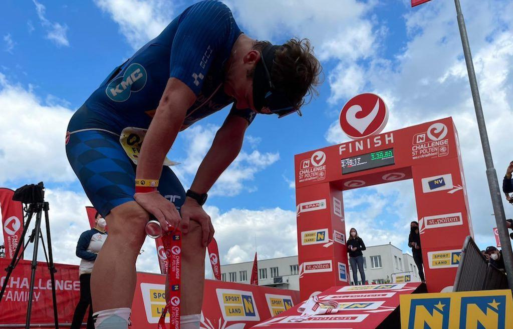 Stenn Goetstouwers opnieuw beste Belg in Challenge St-Polten, Frederic Funk domineert triatlon