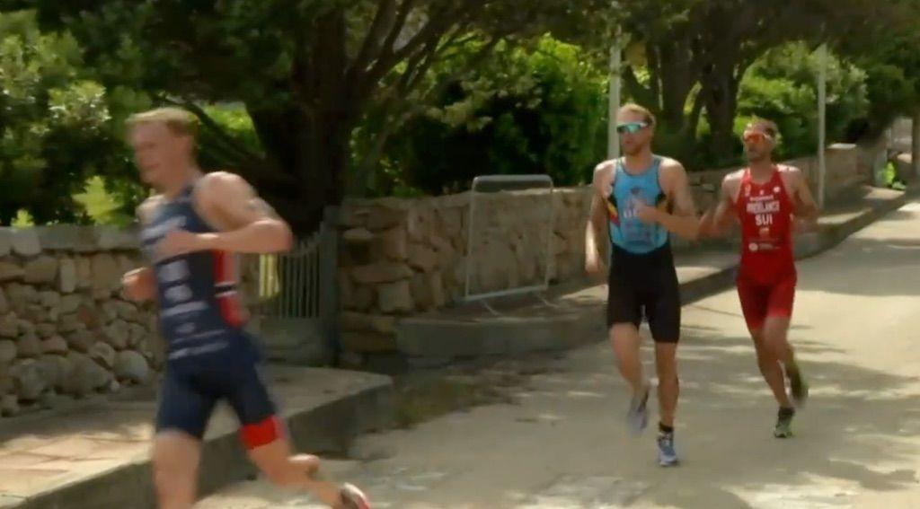 Jonnie Brownlee wint voor eerst sinds juli 2019 World Cup triatlon, Noah Servais 19de in Arzachena