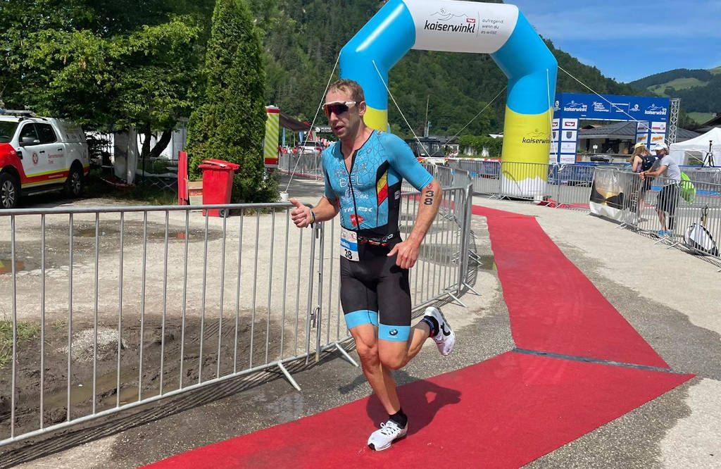 Bart Aernouts pakt brons op EK halve triatlon in Walchsee