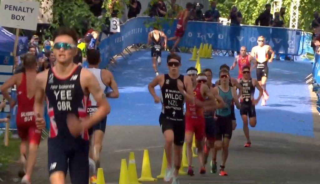 Marten Van Riel op podium in WTCS Triatlon Leeds, Alex Yee wint na snel loopnummer