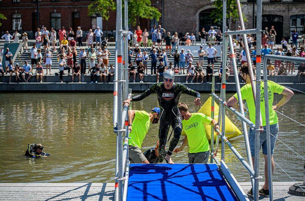 Deel 1 van de triatlon van Kortrijk in beeld met bijna 600 foto's