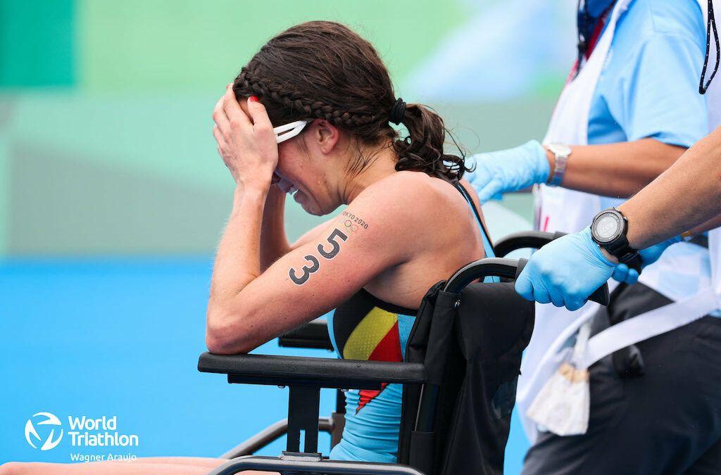"""Claire Michel 34ste met verrekking in de kuit: """"Ik wou echt die finish halen…"""""""