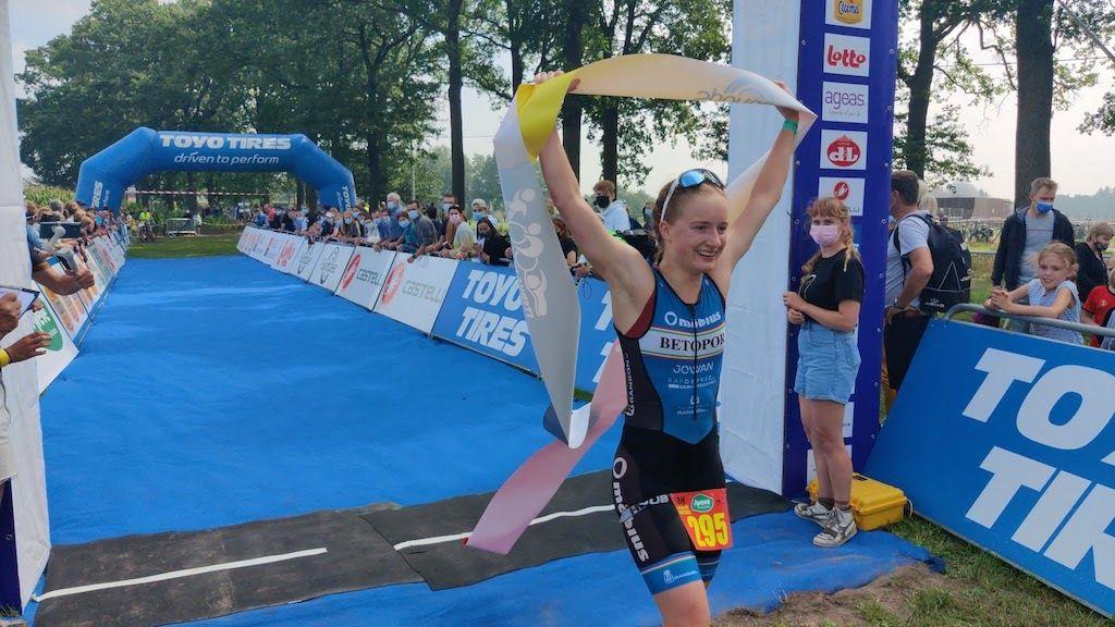Spectaculaire BK jeugd-triatlons in Wuustwezel, alle kampioenen en medailles op een rijtje
