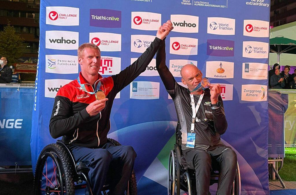 Belgische para-triatleet Ward D'hulster pakt brons op WK long distance triatlon in Almere