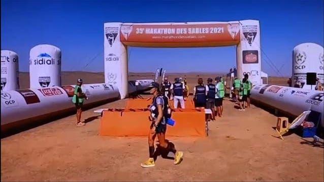 Triatlete Lotte De Vet overleeft 6 dagen in de woestijn en finisht 7de in Marathon Des Sables