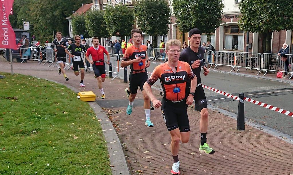 Laatste duatlon van het seizoen is prooi voor Thibaut De Smet en Laura Swannet